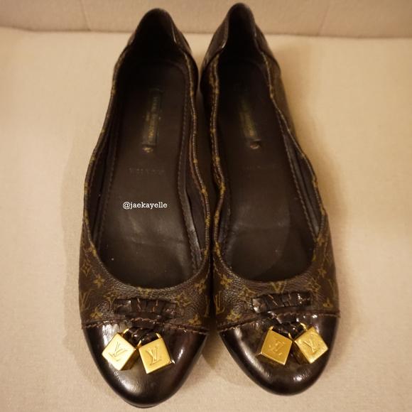 543a17ccf8ff Louis Vuitton Shoes - Authentic Louis Vuitton Lovely Ballerina Flats